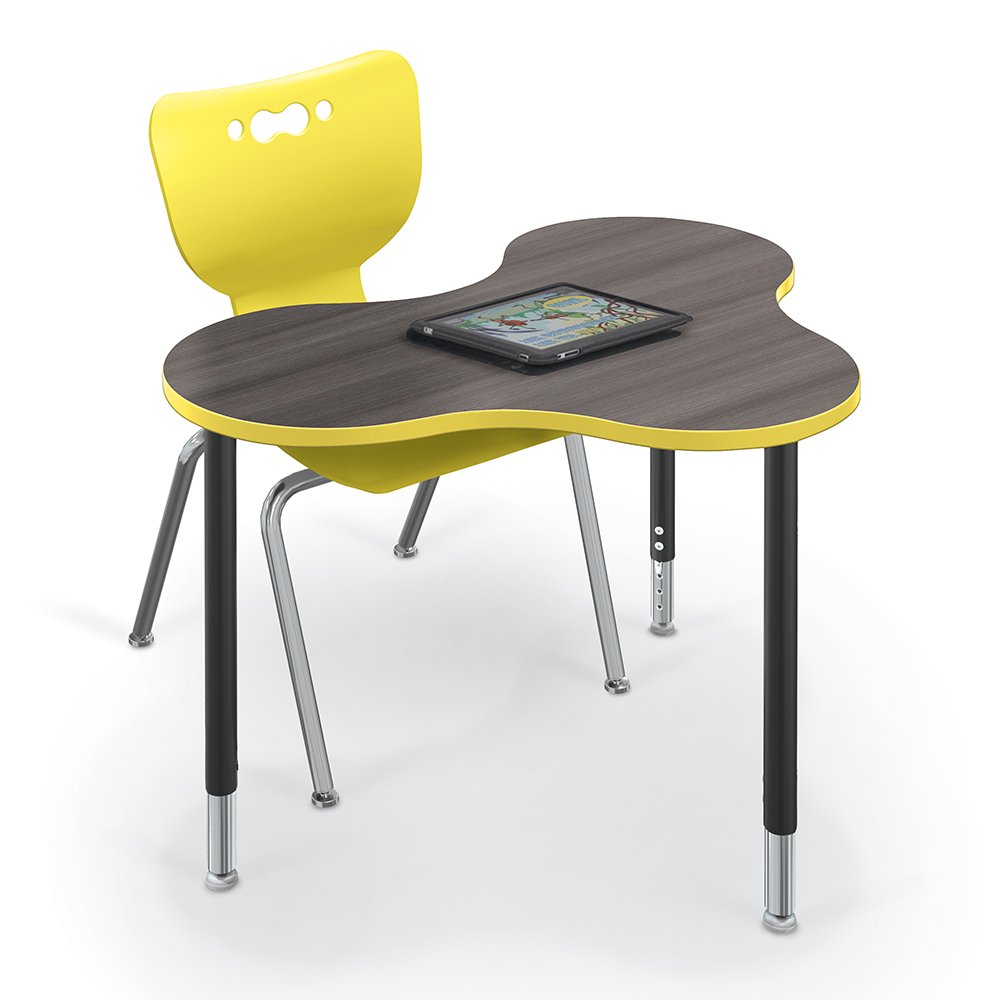 cloud-9-desk-small-3-4-angle-w-hierarchy-chairs-4-leg-master